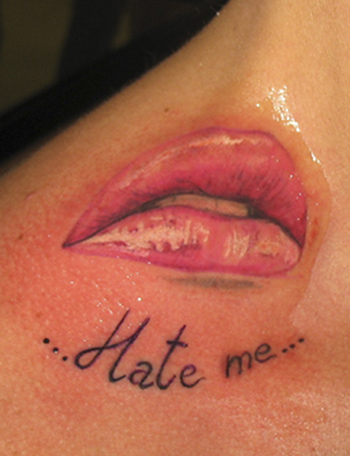 Tattoos - The Kiss. . . - 21705