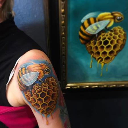 Tattoos - Bee and Honeycomb - 112162