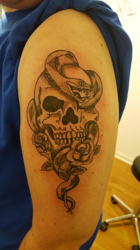 Tattoos - Snake skull - 132225