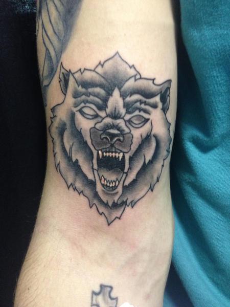 Tattoos - Wolf - 125174