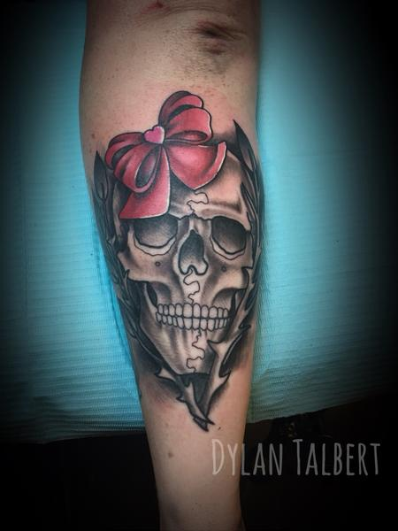 Tattoos - Skull and bow - 130546