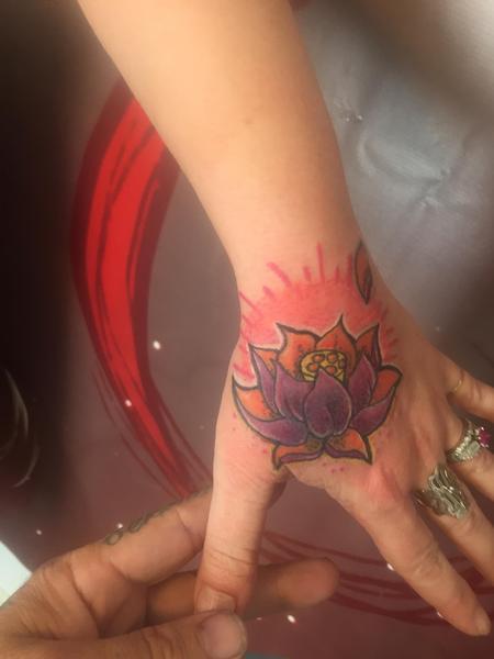 Tattoos - Hand lotus - 119371