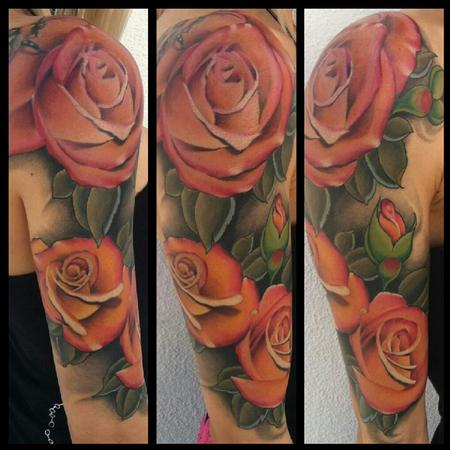 Tim Mcevoy - colored realistic roses tattoo