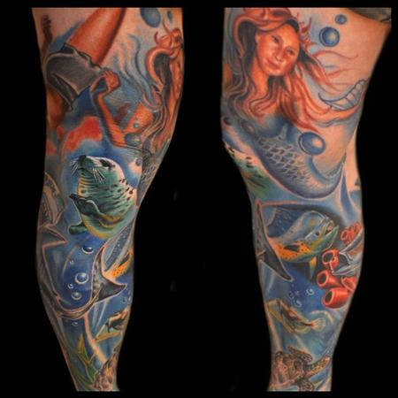 Aric Taylor The Dark Horse - colorful under water leg sleeve tattoo