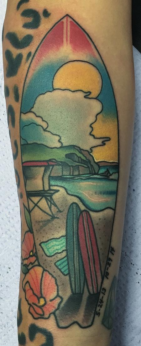 Gary Dunn - Traditional color surf board with ocean scene inside tattoo, Gary Dunn Art Junkies Tattoo