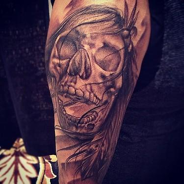Big Gus - black and gray realistic skull tattoo, Big Gus Art Junkies Tattoos