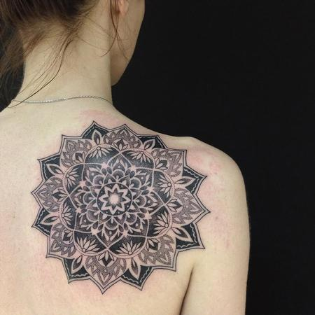 Blackwork Mandala Design Thumbnail