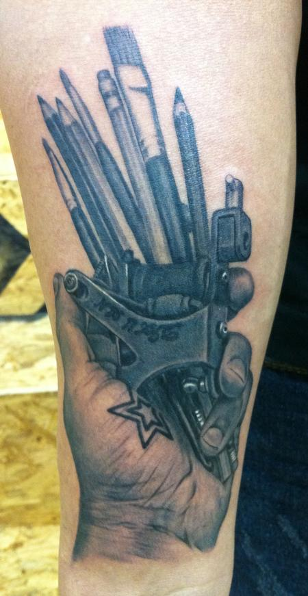 Tattoos - An artist's tools - 57094