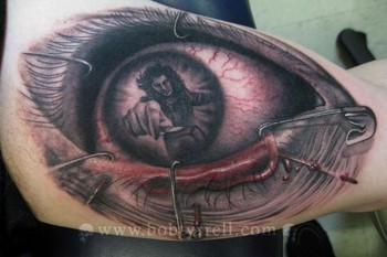 Bob Tyrrell - creepy eye!
