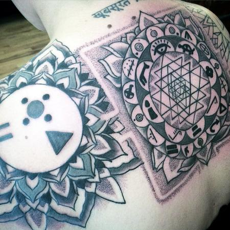 Tattoos - Sri yantra and Extraterestrial stuff - 104164