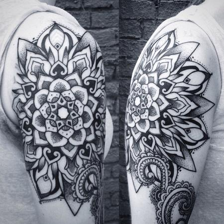 Mandala shoulder Tattoo Design Thumbnail