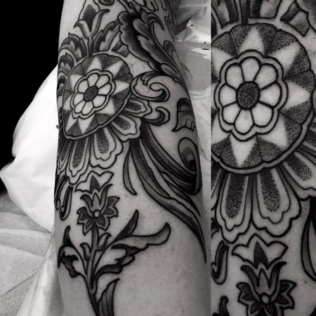 Tattoos - Black floral embellishments on forearm - 112285