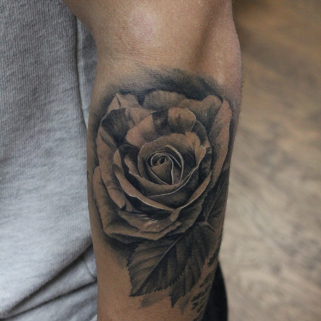 Rose Bud with leaves (Healed) Design Thumbnail