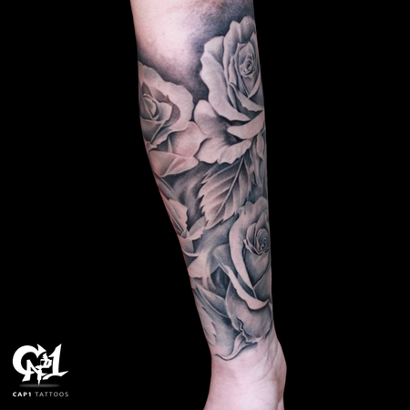Capone - Rose Tattoo Sleeve