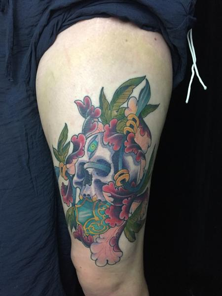 Tattoos - Skull and Flowers - 126697