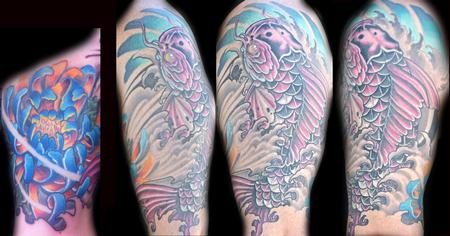 Ron Givens (Ronstafari) - Koi and Spider mum