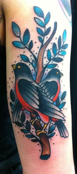 Traditional bird tattoo Tattoo Design