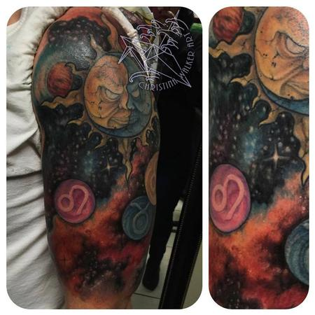 Christina Walker - Family Space Halfsleeve