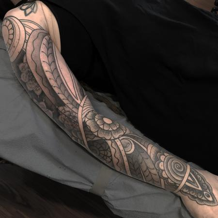 Menhdi/Mandala full sleeve w/black and grey and stippling in progress Design Thumbnail