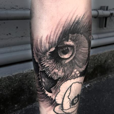 Balck and Grey Owl Eye Design Thumbnail