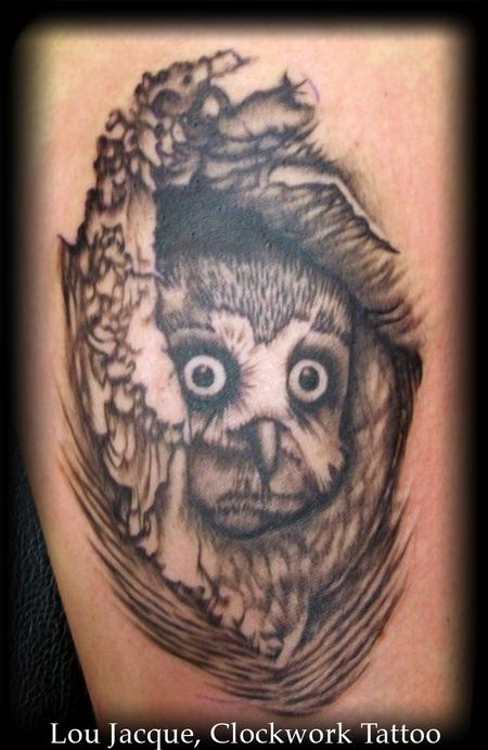 Tattoos Owl in Tree