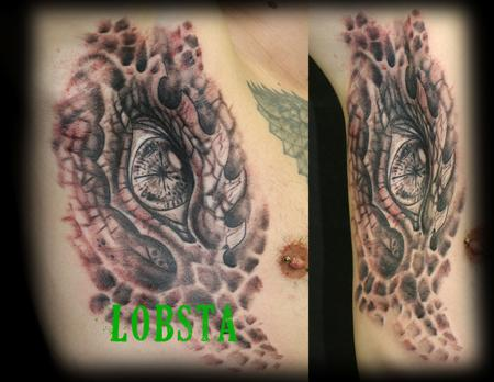 Tattoos - Dragon_Eye_Armpit_Tattoo_Lobsta - 128356