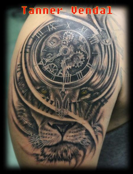 Tattoos - Lion_Clock_Black&Grey_Tanner - 128933