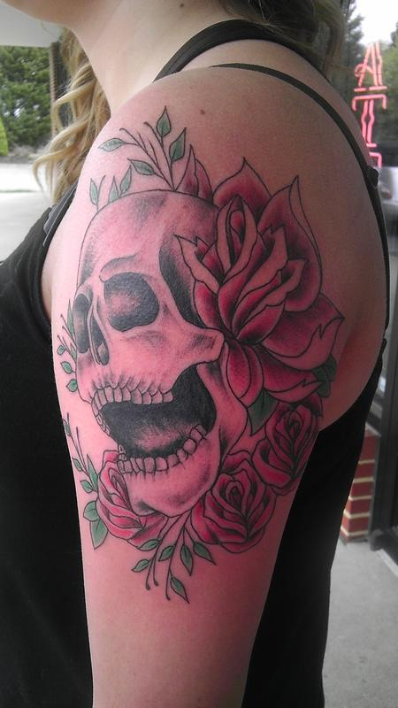 skull with roses Design Thumbnail