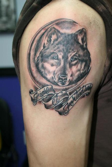 Wolf and moon tattoo shoulder for Black moon tattoo