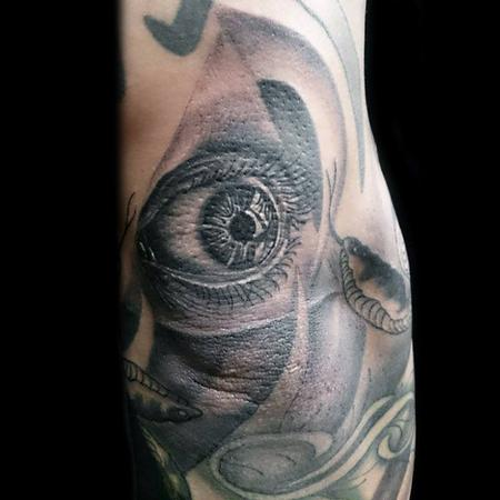 Black and Grey Eye Ball Tattoo Design Thumbnail