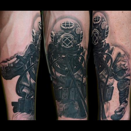 Black and Gray Scuba Tattoo Tattoo Design Thumbnail