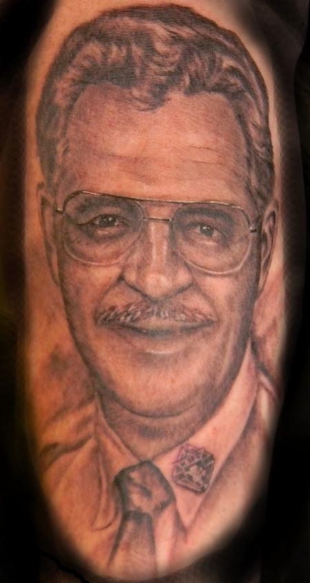 Black and grey portrait by galen luker tattoonow for Black and grey tattoo artists near me