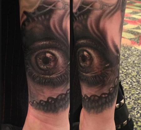Tattoos - black and grey eye tattoo - 89280