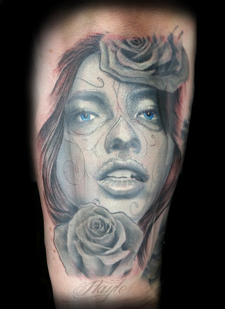Haylo - Black and gray Day of the Dead girl with roses