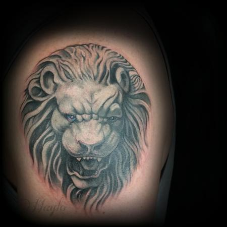 Tattoos - Progression of a stone lion head on shoulder armor piece - 104407