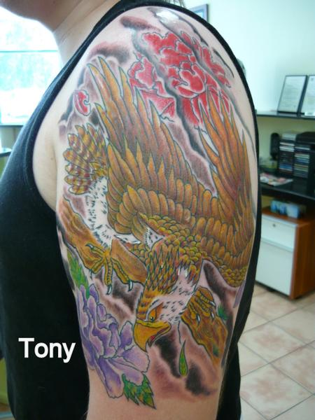 eagle by tonz white tattoonow. Black Bedroom Furniture Sets. Home Design Ideas