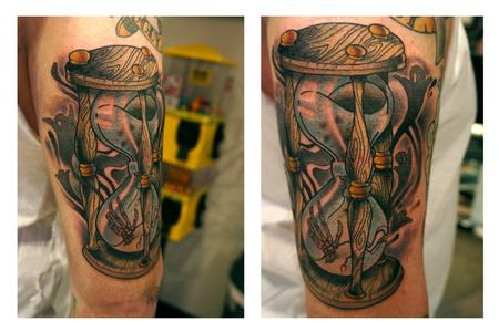 Tattoos - Ghostly Hourglass - 71283