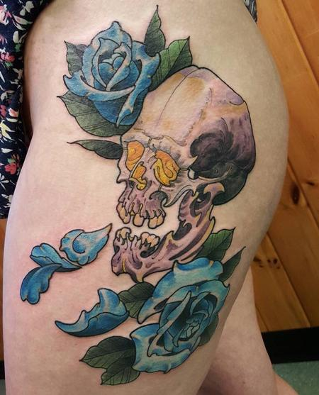 Tattoos - Skull and Roses - 129495