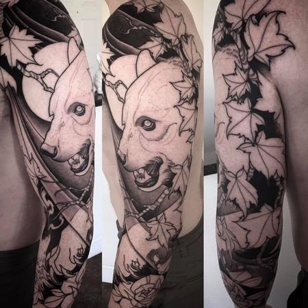 Jeff Norton - bear and oak leaf sleeve in progress