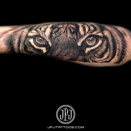 Tiger Eyes Tattoo Design Thumbnail