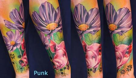 Piggi and Flowers Tattoo Design Thumbnail