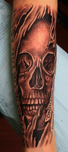 Tattoos - ripping skull tattoo - 71130