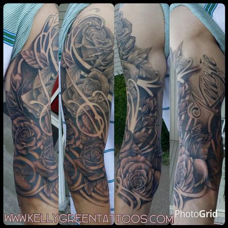 Tattoos - black and grey roses - 99651