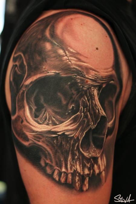 Marvin Silva - Custom Skull Tattoo
