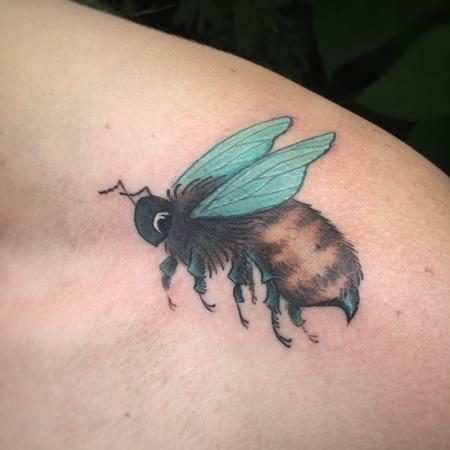 Freehanded Bee Design Thumbnail