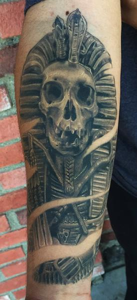 King tut tattoo by Daniel Chashoudian: TattooNOW :