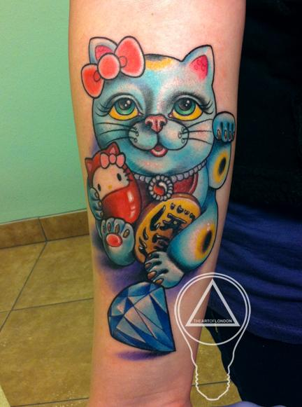 lucky cat hello kitty tattoo by london reese tattoonow. Black Bedroom Furniture Sets. Home Design Ideas