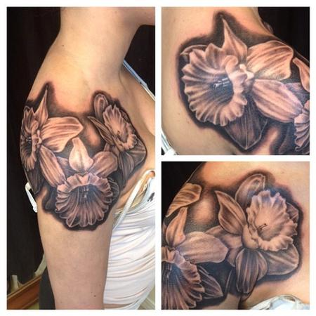 Jay Baxter - flower tattoo black and grey custom daffodil tattoo girl