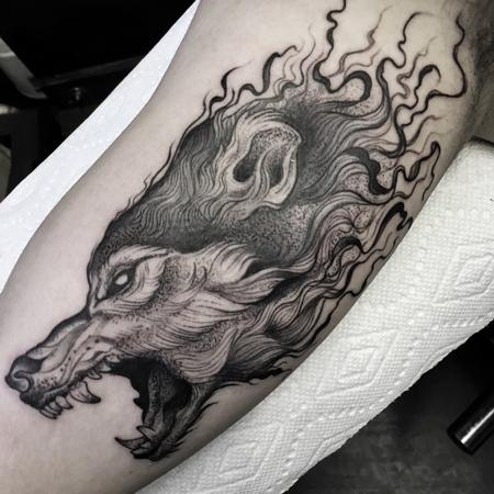 Tattoos - Blackwork wolf - 120308