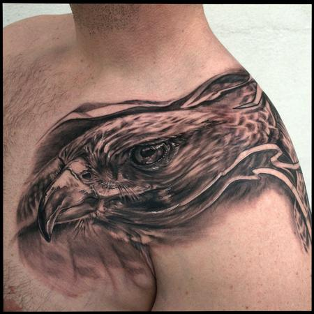 Maximilian Rothert - HAWK SHOULDER TATTOO